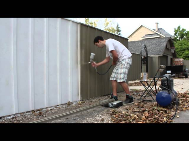 Painting a fence with an air spray paint gun solid oil stain for Spray gun for oil based paints